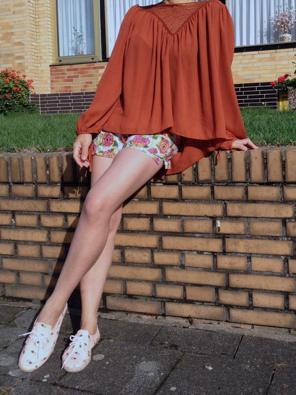 Wide-cut blouse in stretch poplin, bordeaux